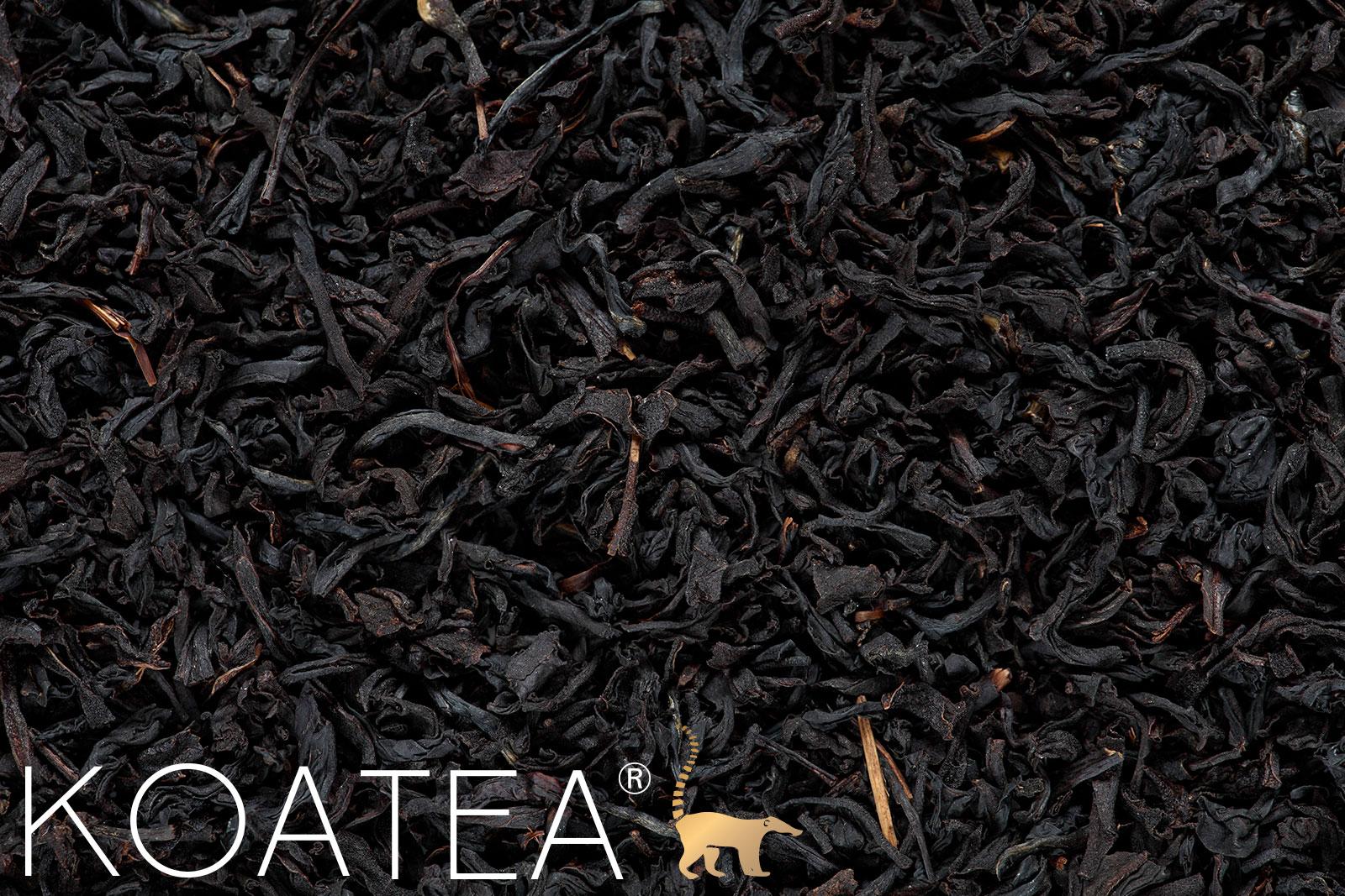 Feuilles de thé noir assam bio séchées