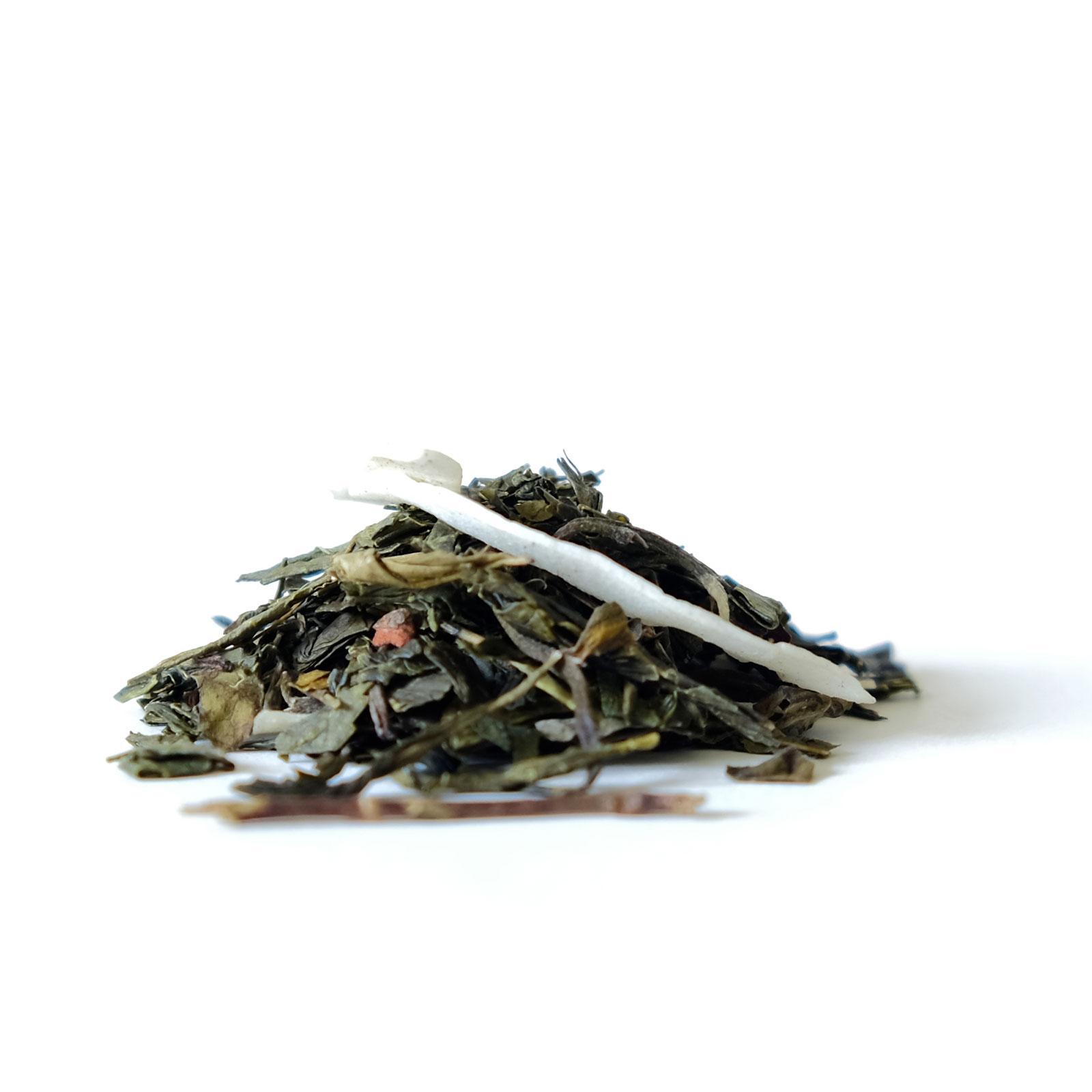 Feuilles de thé vert et blanc arômatisées amande et caramel