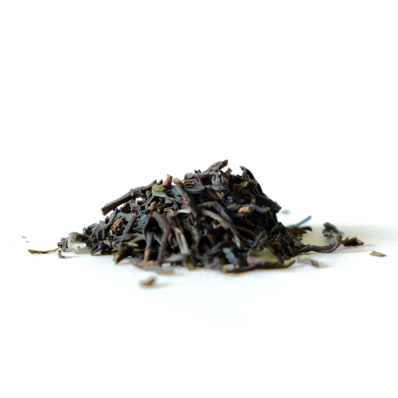 Feuilles de thé noir Darjeeling d'Inde